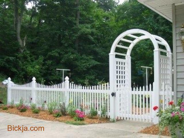 Wooden gates And fence | picket fence Abu Dhabi | Creative Fences manufacturer In uae - 4/4