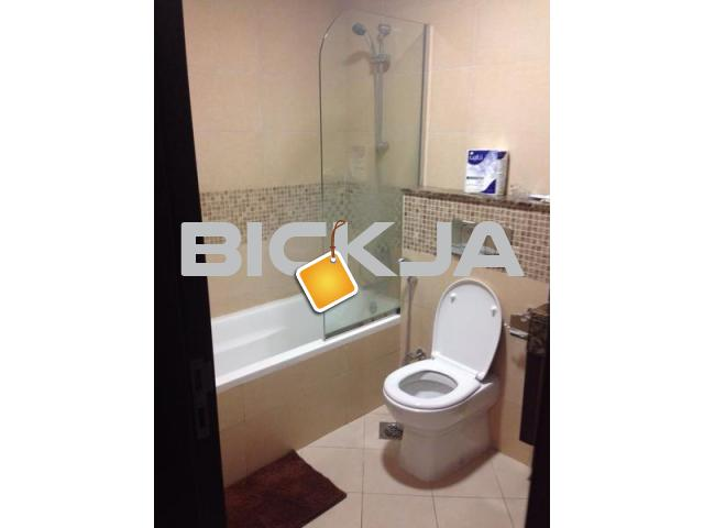 Ladies accommodation near Emirates mall - 3/4