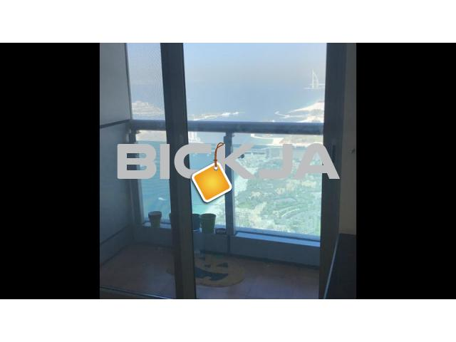 Immediately furnished room with balcony princess tower - 2/2