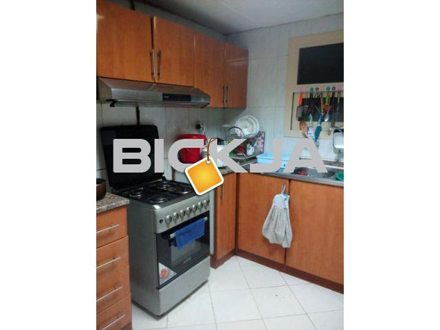 FOR RENT SPACIOUS FEMALE BED SPACE (AED600) / ROOM for COUPL - 2/3
