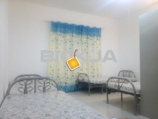 FOR RENT SPACIOUS FEMALE BED SPACE (AED600) / ROOM for COUPL - 3/3