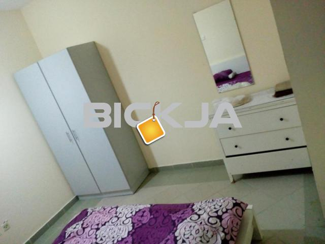 FULLY Furnished family room available Working Male female IN Al majaz buhaira cournich - 2/3