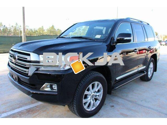 LAND CRUISER 2016 URGENT SALE - 4/4