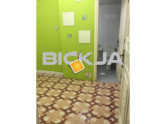 Maids Room with attached bath behind Burjuman Metro - 1/2