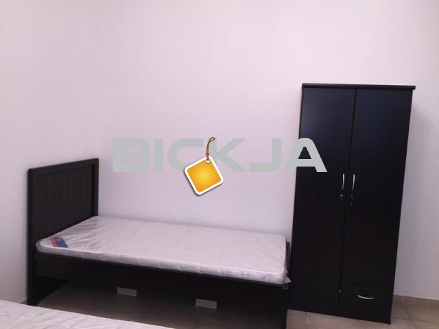 Executive Ladies Bedspace fully furnished On Dubai Sharjah Border Sahara center - 1/2