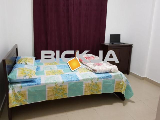 FULLY FURNISHED ROOM WITH PRIVATE BATH ROOM DUBAI SHARJAH BORDER 2 MTS WKNG DIST TO RTA BUSSTOP - 1/3