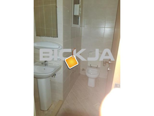 FULLY FURNISHED ROOM WITH PRIVATE BATH ROOM DUBAI SHARJAH BORDER 2 MTS WKNG DIST TO RTA BUSSTOP - 3/3