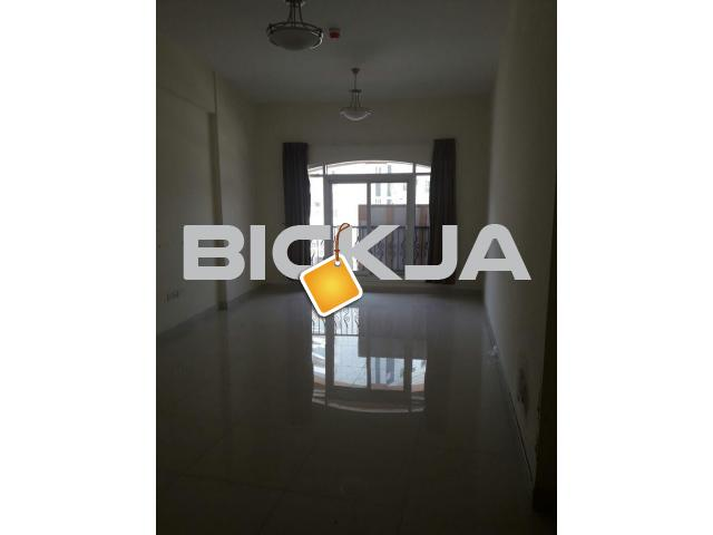 Property Apartment/Flat/Villa Deep Cleaning Services in Al Satwa-043558608 - 2/3