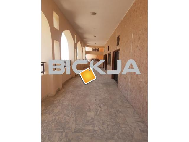 FAMILY ROOMS WITH ATTACHED BARH AVAILABLE FOR RENT IN DEIRA DUBAI - 2/2