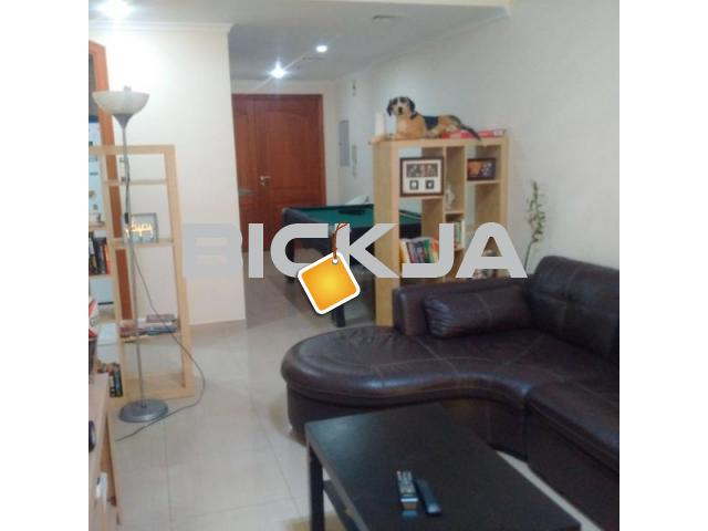 FULLY FURNISHED APARTMENT WITH MARINA VIEW - 2/3