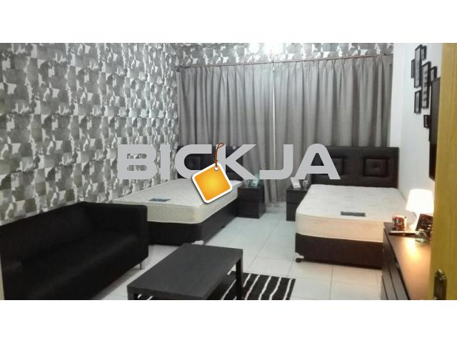 LUXURIOUS ROOMS FOR RENT IN SZR NEXT TO METRO STATION - 1/3