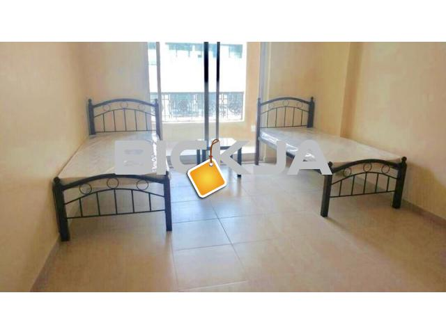 INDIAN EXECUTIVE BACHELORS FULLY FURNISHED INDIVIDUAL BED SPACE AVAILABLE NEAR KARAMA ADCB METRO - 1/3
