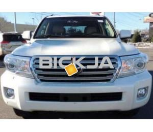 TOYOTA LAND CRUISER 2014, EXPAT OWNER WELL MAINTAINED