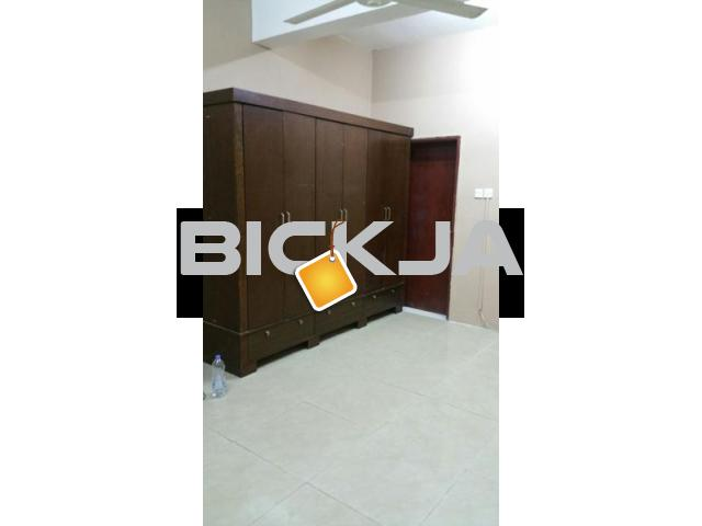Big room with attached bath and kitchen for Family only... - 1/3