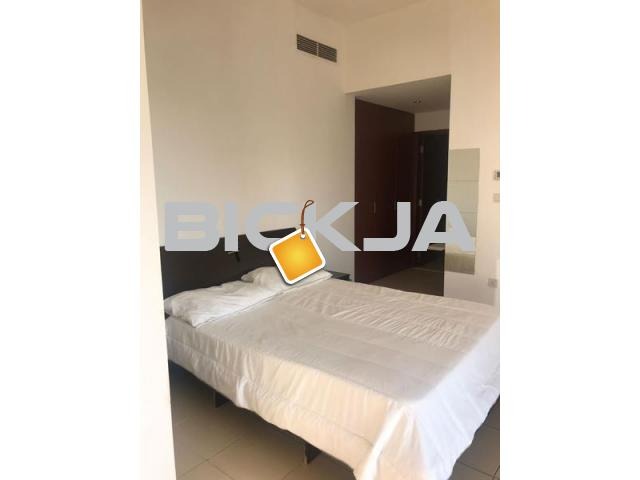 Huge Master room with stunning Marina view in JBR available for rent - 1/2