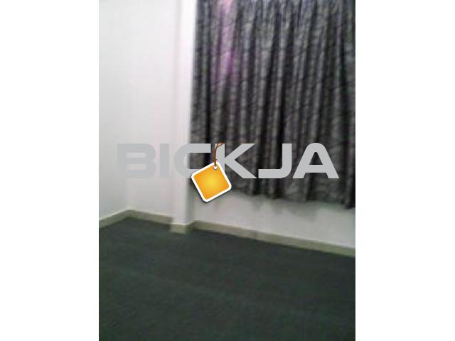 room for rent at the back of alsalama hospital hamdan st - 1/2