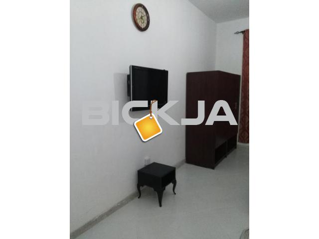 EXECUTIVE BED SPACES AND FAMILY ROOMS AVAILABLE FOR RENT FRO - 3/3