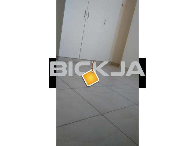 BACHELOR ROOM AVAILABLE NEAR TO ZULEKHA HOSPITAL and POND PARK AL NAHDA DUBAI - 1/3