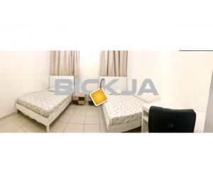 Clean bed space for executive bachelors in 900 to 1100