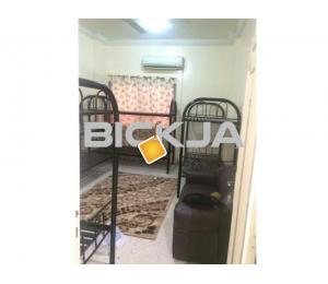 Executive bachelor Bed space full room available in Bur dubai for male