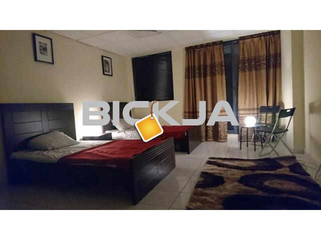 Cozy master room sharing with 1lady 2300dhs - 1/1