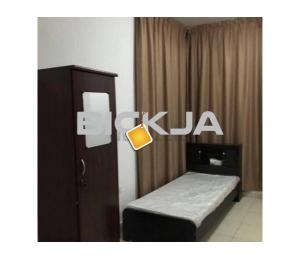 Clean  neat bed space for excutive bachalor in alkhor towers