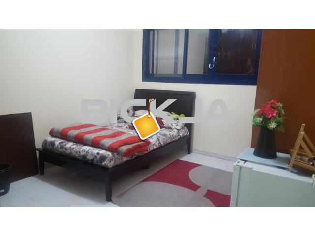 Furnished Independent Bedroom with Separate Toilet from May 1 - 1/1