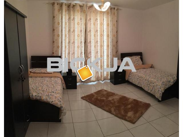 Nice  Clean Space, monthly rent (ladies) in SZR near metro - 1/1