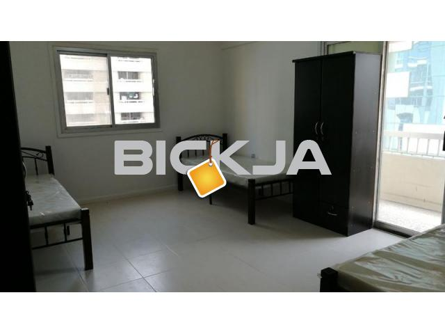 Fully furnished bed space for working ladies behind Al Salama Hospital - 1/1