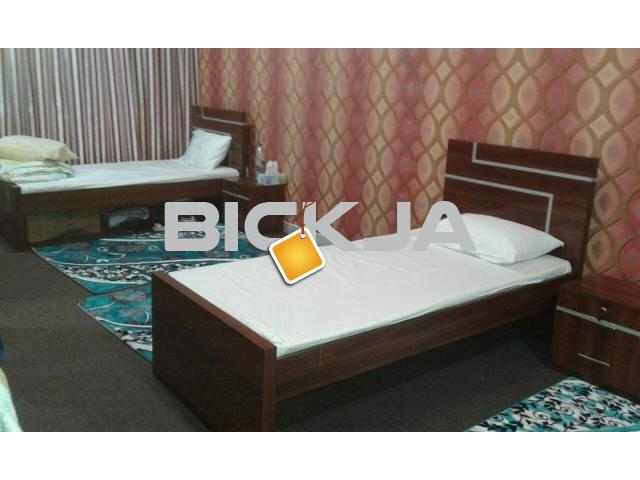FURNISHED BED SPACE, AND ROOM AVAILABLE FOR EXECUTIVE MALE BACHELOR -FAMILY IN ABUDHABI - 1/1