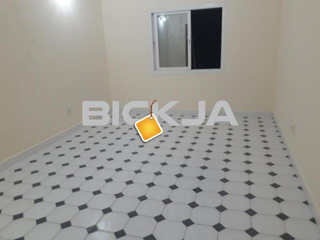 very nice studio for rent abu dhabi in al murror near to alam supermarkit - 1/1