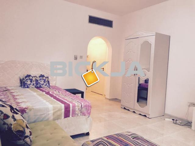 FULLY FURNISHED MASTER ROOM FOR RENT NEAR DANA HOTEL IN CLEAN FLAT FOR MONTHLY RENT - 1/1