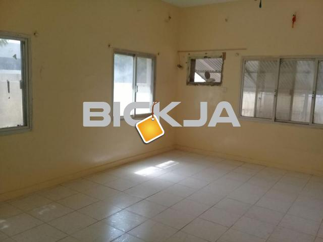 One room available in faseel - 1/1