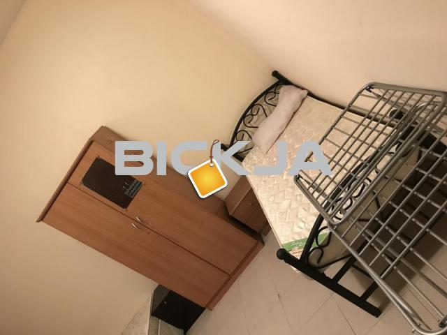 Bed space for guys in TECOM opposit BYBLOS HOTEL furnished near metro station - 1/1