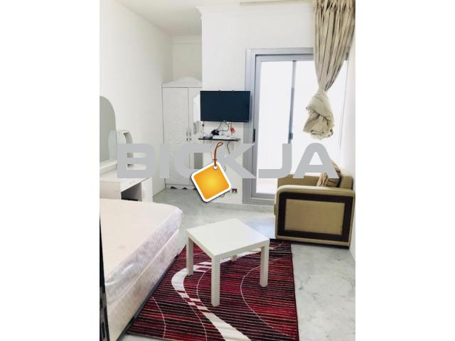 WONDERFUL FULLY FURNISHED ROOM WITH BALCONY FOR RENT AT KHALIDYA NEAR GRAND STORE IN CLEAN FLAT - 1/1