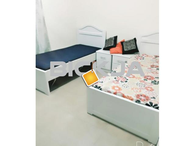 Bed Space for Executive Male/Female at DSO near Choithram Supermarket - 1/1
