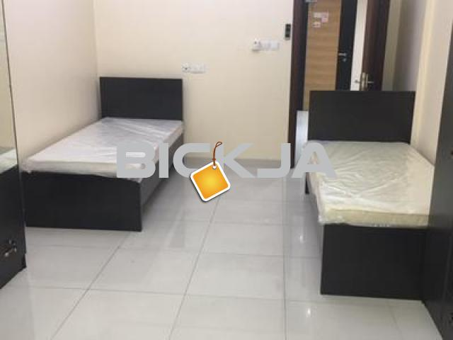 BED SPACE(Male,Female) ROOMS FOR COUPLES NEAR BURJMAN - 1/1