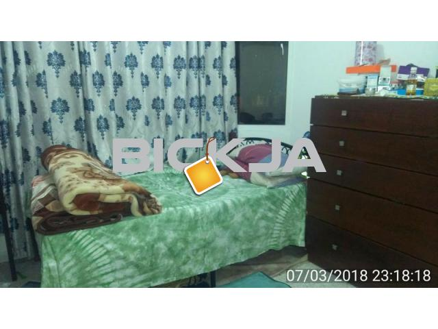 Two Rooms renting on Sale in Hamdan near Ahalia Hospital - 1/1