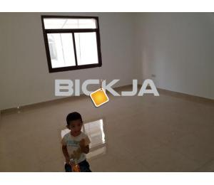 STUDIO AVALABLE BEHIND BURJEEL HOSPITAL.NAZDA STREET