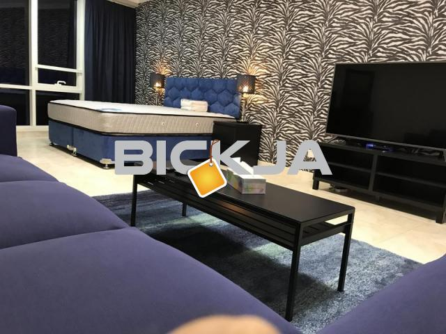Fully Furnished  very big Master room Business Bay - 1/1