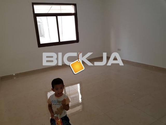 STUDIO AVALABLE BEHIND BURJEEL HOSPITAL.NAZDA STREET - 1/1