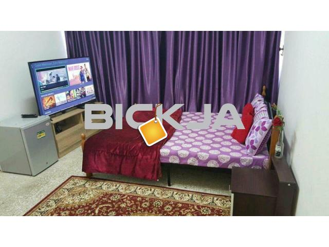 EXECUTIVE BED SPACE AVAILABLE IN TCA 900/- - 1/1