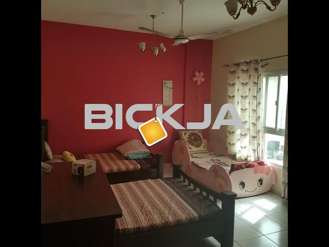 Spacious room furnished, with attached bath available for Muslim executives/ couple pref Pak/India - 1/1