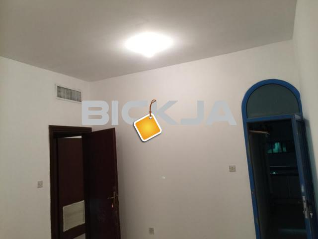 KHALIDIYA -Two Spacious Room private balcony  kitchen - 1/1