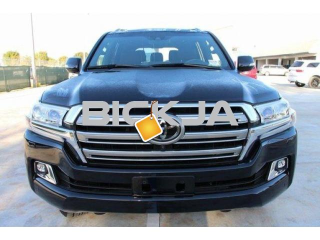 LAND CRUISER 2016 WITH 8-SPEED AUTO TRANSMISSION - 1/4