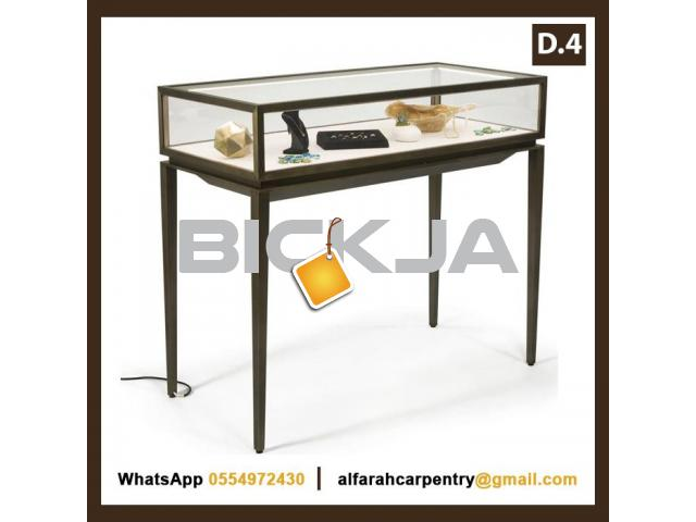 Wooden Display Stands For rent | Jewelry Display Stands For Renting Dubai | Rental Display Stands - 1/4