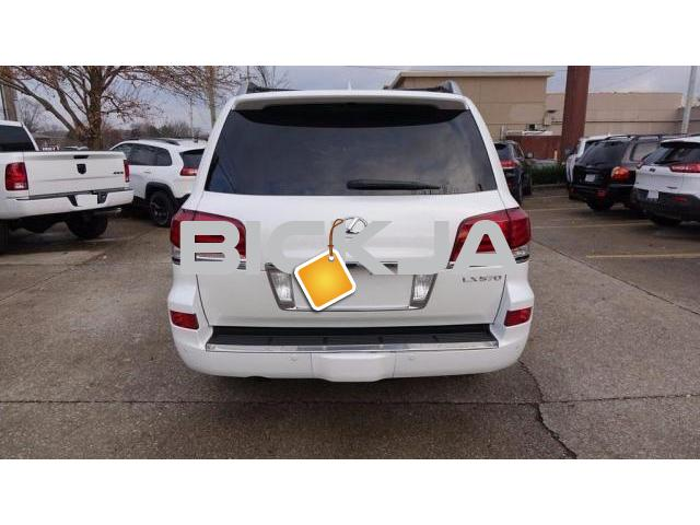 LEXUS LX 570 2015 WHITE COLOR, CLEAN - 4/4