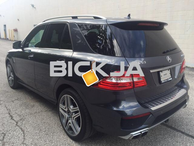 Mercedes Benz ML 63 AMG 2014 - 2/4