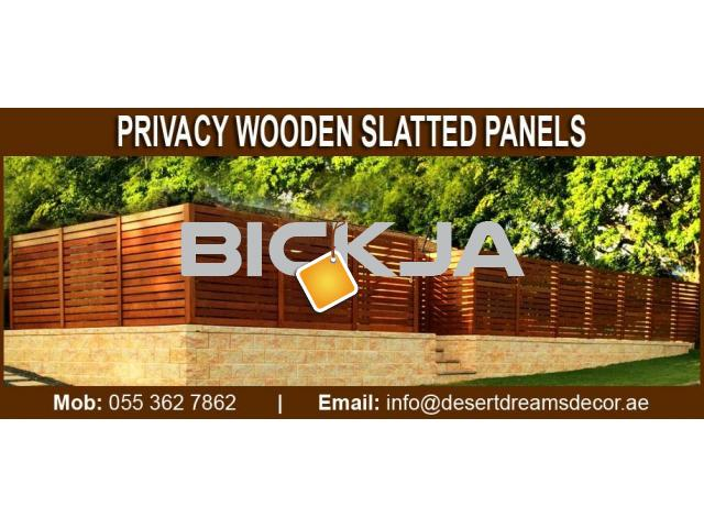 Wooden Slats Fences Uae | Dubai Villa Privacy Panels | Garden Area Privacy fence Dubai. - 2/3